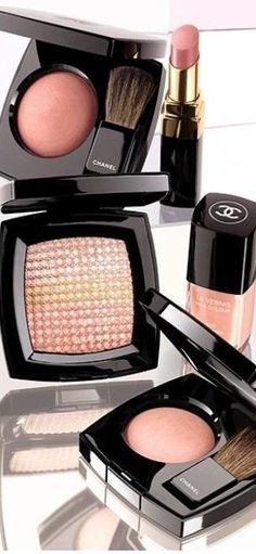♔ Chanel Beauty. I want this whole set!!