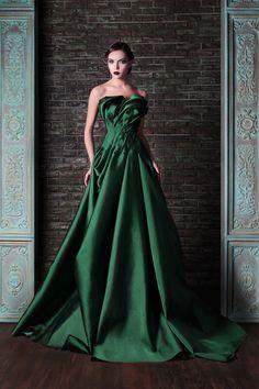 "Rami Kadi ""Le gala des mystères"", F/W - Couture Evening Dresses, Prom Dresses, Formal Dresses, Wedding Dresses, Dresses 2014, Bridal Gowns, Gown Wedding, Style Couture, Couture Fashion"