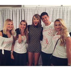 Taylor and fans in Loft '89 Cologne Night 1!
