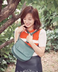 Kim Ji Won HQ (@jiwon_hq) on Twitter Korean Actresses, Korean Actors, Asian Celebrities, Celebs, Kim Ji Won, Korean Star, Female Portrait, Korean Beauty, K Idols