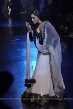 Rani Mukherjee....love her whiskey colored eyes