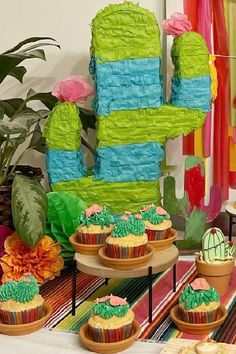 Take a look at this colorful Cinco de Mayo fiesta! The cactus cupcakes and piñata are awesome! See more party ideas and share yours at CatchMyParty.com Fiesta Cake, Fiesta Party, Vanilla Cupcakes, Chocolate Cupcakes, Cactus Cupcakes, Cupcake Images, Cupcake Bakery, Cupcake Flavors, Beautiful Cupcakes