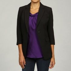 @Overstock - A perfect wardrobe basic, this 'Megan' boyfriend jacket from Jessica Simpson features menswear-inspired styling including a notched collar and two front flap pockets. This black blazer is fully lined and finished with a touch of stretch.http://www.overstock.com/Clothing-Shoes/Jessica-Simpson-Juniors-Megan-Boyfriend-Jacket/6095088/product.html?CID=214117 $58.99