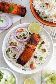 Salmon in a Yogurt flavored Tandoori Masala… Served on a bed of Fragrant Basmati Rice and Cucumber Raita…! Healthy n Delicious Protein meal. Salmon Recipes, Fish Recipes, Seafood Recipes, Indian Food Recipes, Healthy Recipes, Kerala Recipes, Healthy Meals, Recipies, Snack Recipes