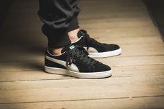 Puma Suede Outfit, Puma Suede Shoes, Puma Sneakers, Puma Outfit, Converse Sneaker, Sneakers Mode, Sneakers Fashion, Sneaker Outfits, Puma Suede Black