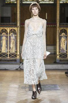 Sharon Wauchob Ready To Wear Spring Summer 2017 London