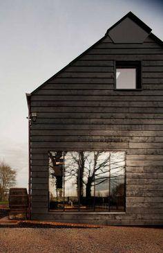 Devorantis alas facit domuit et vincere Barn House Conversion, Barn Conversions, Wood Facade, Agricultural Buildings, Barn Pictures, Journal Du Design, Countryside Landscape, Timber Structure, Architecture Awards
