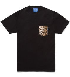 Tantum Faux Fur Leopard Pocket Tee. shop.visualjunkie.no