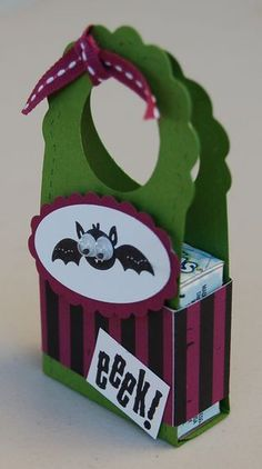 Halloween candy pouch - free tutorial.  Made from Stampin' Up's two tag die.   A Craftin Owl creation.