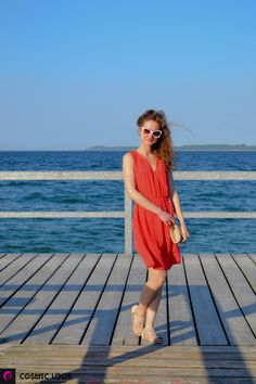 "Red dress - ""Firebird-Look"" Beach trend #beach #red #dress #reddress #woman"