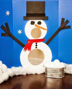 Snowman toss game