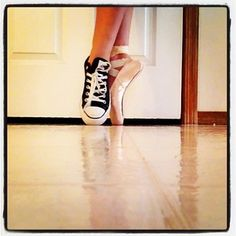 I'm diggin the whole converse/pointe thing. :D