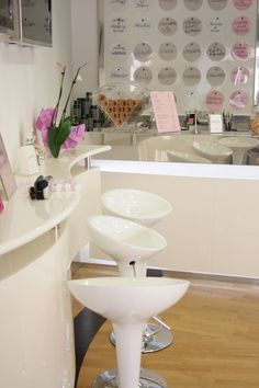 Small Ice Cream Shop Design | Ice-cream Shop Furniture - Il duca bianco- made-on-measure ice-cream ...
