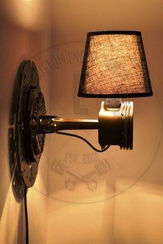 Aplica perete bronz din piston si disc ambreiaj (350 LEI la CustomEngineTables.breslo.ro)
