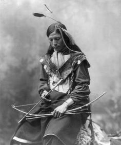 Red Dog Shunta Luka, Sioux Indian Photo: This Photo was uploaded by Greywolfie. Find other Red Dog Shunta Luka, Sioux Indian pictures and photos or uplo. Native American Beauty, Native American Photos, Native American Tribes, Native American History, American Indians, Cherokee History, American War, American Food, Indian Tribes