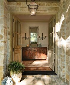 ... great cobble stone texture color to incorporate into color and texture scheme with light limestone...