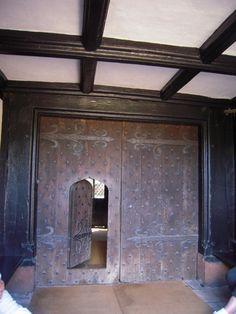 Speke Hall Sudbury Hall, Little Moreton Hall, Liverpool Town, Belton House, Castles In England, British Things, Victorian Art, Old Wood, British History