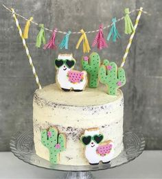 👏🎉🎉👏 TOP 10 2017 Festa Gatinhos fofa por e . Inspire-se e Faça a Festa Llama Birthday, Birthday Cake Girls, 2nd Birthday Parties, 10th Birthday, Birthday Ideas, Cactus Cake, Mexican Party, Girl Cakes, Cute Cakes