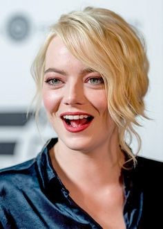 Academy screening of Battle of Sexes in New York City - September 19 - Emma Stone - Academy screening of Battle of Sexes in New York City on September - Emma Stone Photo Gallery Emma Stone Blonde, Ema Stone, Actress Emma Stone, Provocateur, Elle Fanning, Lily Collins, Hollywood Actresses, Beautiful Actresses, Beauty Women