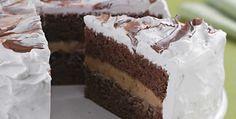 Bolo de chocolate com brigadeiro ao mel