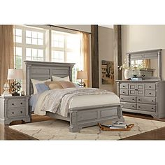 Claymore Park Gray 5 Pc Queen Bedroom Find affordable Queen Bedroom Sets for your home that will complement the rest of your furniture. Contemporary Bedroom Furniture Sets, Grey Bedroom Furniture Sets, King Bedroom Sets, Bed Furniture, Bedroom Decor, Kitchen Furniture, Queen Bedroom, Cheap Furniture, Grey Bedroom Set