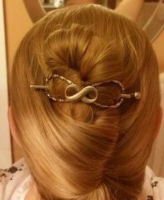 Lilla Rose Flexi Clip ... size Medium on waist length fine textured hair.
