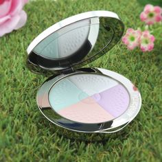 Guerlain - Meteorites Compact Colour Correcting, Blotting And Lighting Powder - # 2 Clair/Light - Foundation & Powder Powder Foundation, Blusher, Color Correction, Breeze, Compact, Im Not Perfect, Travelling, Smooth, Delicate