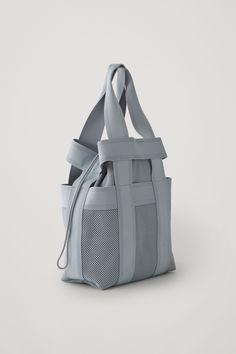 VÄRLDENS Ryggsäck, mörkblå, Rymd: 16 l IKEA