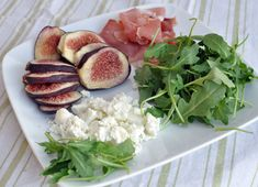 Grilled Flatbread with Figs, Goat Cheese, Prosciutto and Arugula — Former Chef