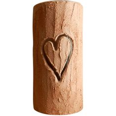 Carriage Oak Cottage Carved Heart Tree Trunk Vase (€22) ❤ liked on Polyvore featuring home, home decor, vases, decor, handmade home decor, outdoor home decor, heart home decor, outdoor trees and inspirational home decor