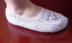 Ravelry: Lady Slippers pattern by Lisa Vienneau