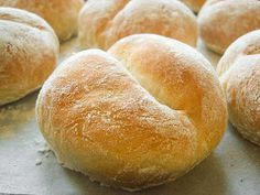 Bread rolls Polish recipe (in Polish). I Love Food, Good Food, Yummy Food, My Favorite Food, Favorite Recipes, Bread Recipes, Cooking Recipes, Bread Bun, Bread Rolls