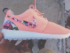 Flowers for summer #Nike #Sneakers
