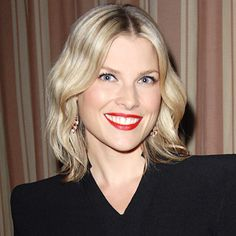 Look of the Day photo | Ali Larter - 2012