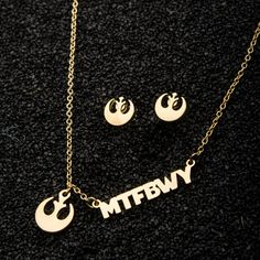 MTFBWY? May The Force Be With You! This gorgeous necklace and earring set is a subtle way to send well wishes to all Star Wars fans. Available at @kohls.   #starwars #mtfbwy #maytheforcebewithyou #starwarsjewelry #starwarsnecklace #starwarsearrings #fandom #rebels #jedi #rebellion #kohls #salesonestudios Star Wars Jewelry, Kohls, Starwars, Earring Set, Jewelry Collection, Washer Necklace, Fans, Women Jewelry, Bling