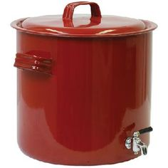 Camp Chef 575016 20 Quart Hot Pot for large family camp outs or as a hot water supply when placed on a wood stove in a dry cabin. Great for hot chocolate, washing dishes, food prep and hygiene needs.