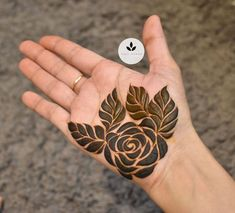 Very Simple Mehndi Designs, Traditional Henna Designs, Pretty Henna Designs, Modern Henna Designs, Floral Henna Designs, Latest Henna Designs, Henna Tattoo Designs Simple, Stylish Mehndi Designs, Mehndi Designs Book