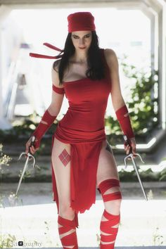 Elektra from Marvel Universe Cosplayer: Katy DeCobray Photographer: Micktography