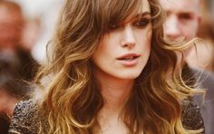 Love everything about her hair..... I want my hair to look like this!!