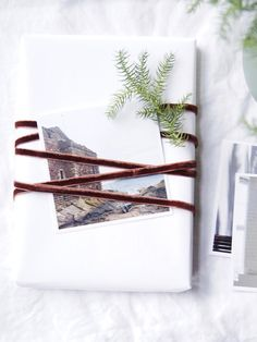 Photo and velvet ribbon gift wrapping
