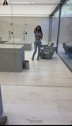 Lighting Concepts, Kylie Jenner, Bathtub, Home Appliances, Bathroom, Mirror, House, Standing Bath, House Appliances