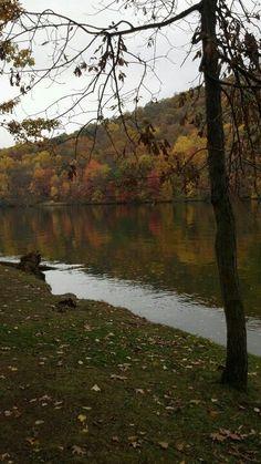 Raystown Lake Philadelphia Pa, Photo Dump, Fun Things, Pennsylvania, Scenery, Childhood, Country Roads, Cabin, Mountains