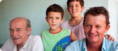 Família Souza, personagem de Porto dos Gaúchos - MT, fotografado pro Ary Diesendruck para o Projeto Laços de Família: Etnias do Brasil em comemoração do centenário da Sociedade Brasileira de Dermatologia - SBD