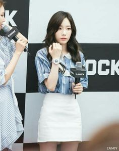 Taeyeon - Casio Baby G Fansign by Candy & SX