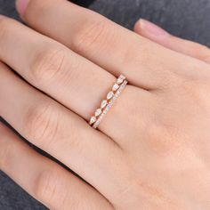 Three Stone Natural Diamonds Engagement Ring Inspired by Nature Branch Ring in Rose Gold Flower Design Ring - Fine Jewelry Ideas Braided Engagement Rings, Round Solitaire Engagement Ring, Dainty Ring, Delicate Rings, Pear Shaped Wedding Bands, Gold Rings Jewelry, Glass Jewelry, Jewelry Box, Jewlery