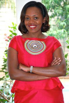 DAY 29: ELEGANCE   100 Days Of African Fashion. #Africanfashion #AfricanWeddings #Africanprints #Ethnicprints #Africanwomen #africanTradition #AfricanArt #AfricanStyle #Kitenge #AfricanBeads #Gele #Kente #Ankara #Nigerianfashion #Ghanaianfashion #Kenyanfashion #Burundifashion #senegalesefashion #Swahilifashion ~DK