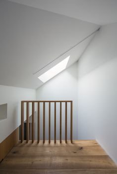Image 2 of 25 from gallery of Glebe House / Nobbs Radford Architects. Courtesy of Nobbs Radford Architects Wooden Staircase Design, Wooden Staircases, Interior Stairs, Interior And Exterior, Interior Design, Contemporary Architecture, Interior Architecture, Halls, Loft Stairs