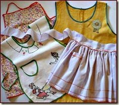 I love looking at vintage aprons!