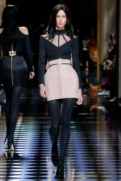 Balmain Fall 2016 Ready-to-Wear Fashion Show - Ruby Aldridge