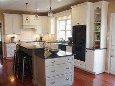 Traditional Kitchens from Rebekah Zaveloff : Designers' Portfolio 3833 : Home & Garden Television